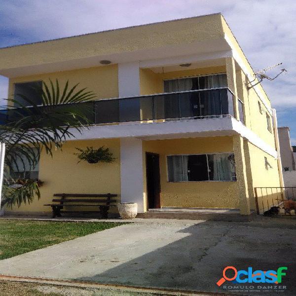 Sobrado a venda c/ 2 dormitórios. excelente localização florianópolis rio vermelho norte da ilha praia do moçambique.