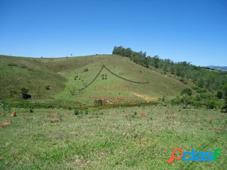 Área em são luiz do paraitinga-porteira fechada