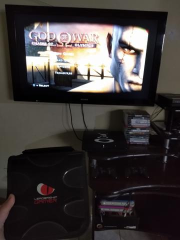 Playstation 3 com 18 jogos originais e mais 35 jogos comum