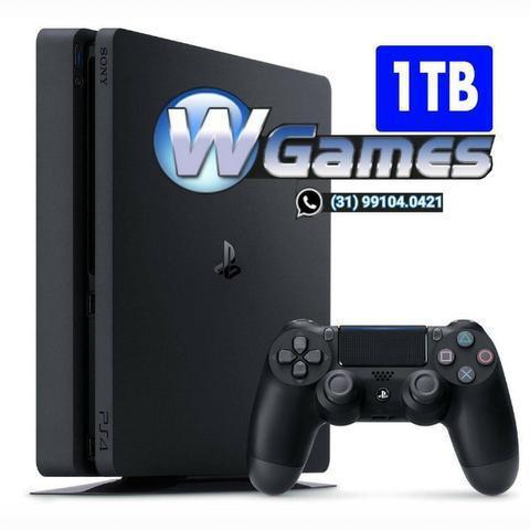 Playstation 4 slim 1tb, semi novo, 1 manete, garantia.