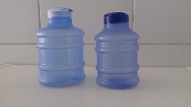 Promoção combo com 2 mini galão de água (novos)