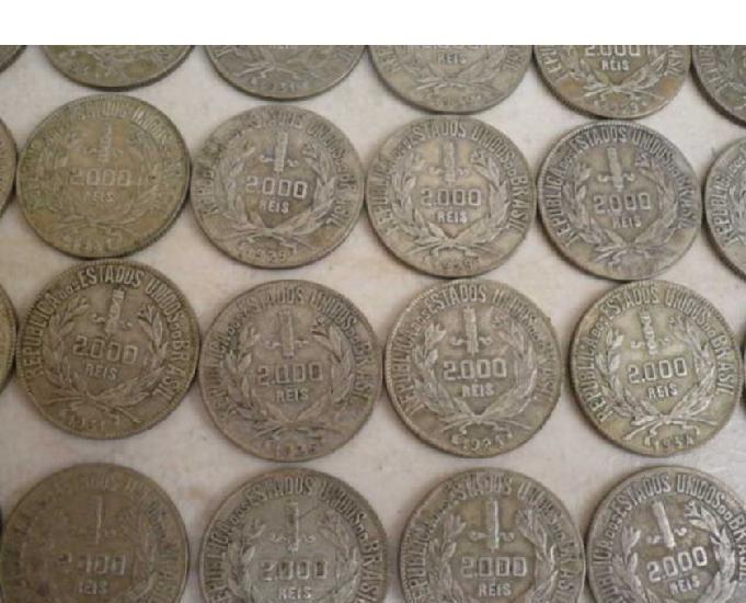 Vendo 1 quilo de moedas prata 500 r$450. compro e vendo
