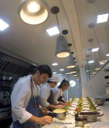 Contrata-se auxiliar de cozinha cozinheira restaurante no