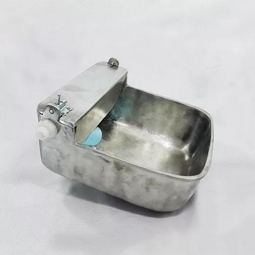 Cocho automatico, bebedouro p/ animais aluminio fundido 5,5l