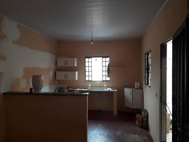 Linda casa de 2 quartos em comendador soares