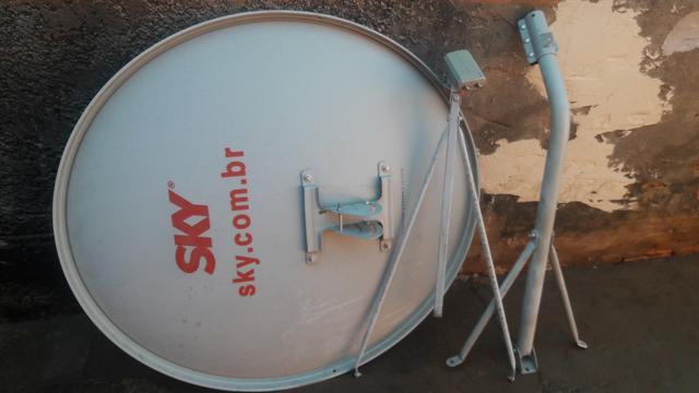 Antenas da sky 90cm semi novas completas já desmontadas