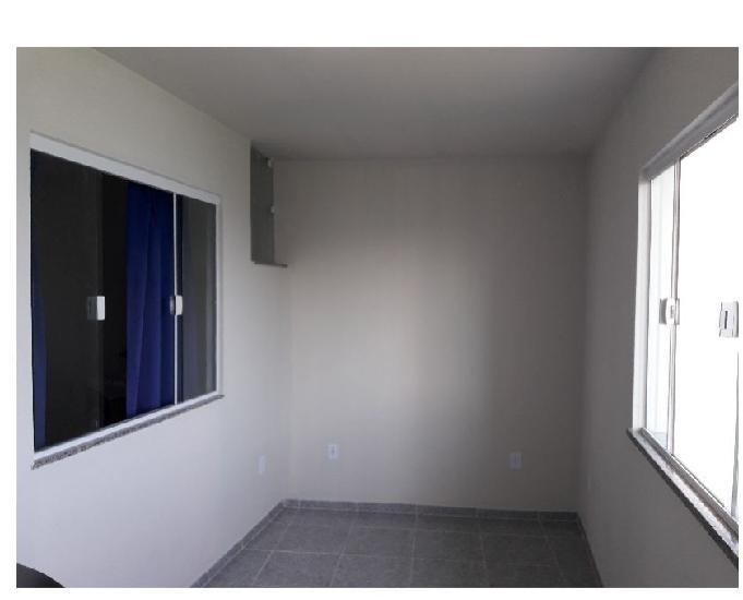 Apartamento tipo casa em barra de guaratiba – rj.