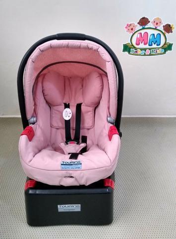 Bebê conforto burigotto evolution com base, bem conservado.