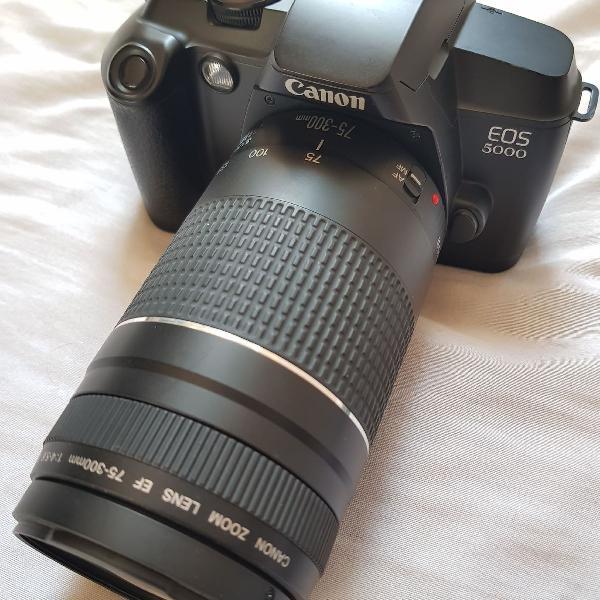 Camera analógica canon eos 5000 + lente zoom canon