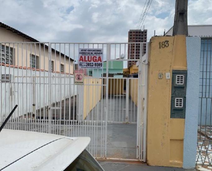Casa vila hortência, 2d, r$ 1.000,00.
