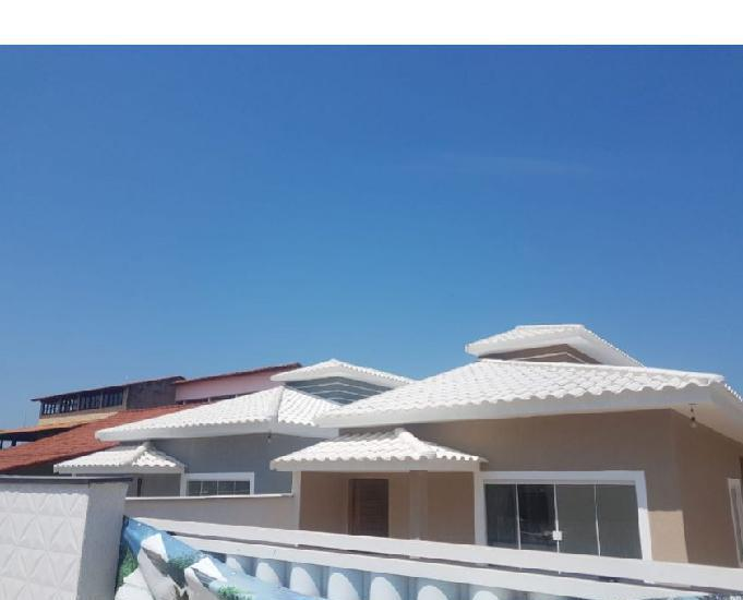 Casa com 3 quartos sendo 1 suíte na praia de itaipuaçu