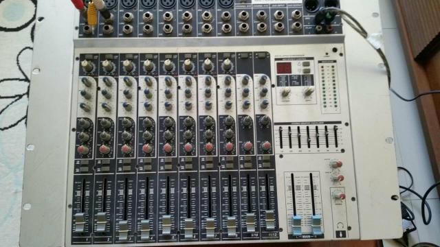 Mesa de som 15 canais profissional completa