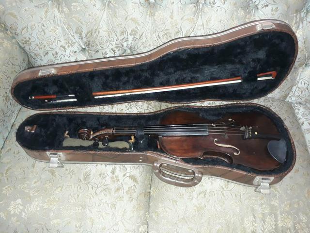 Violino de madeira rústica, raridade. josé rastelli. ligar
