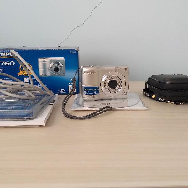 Camera digital olympus x 760