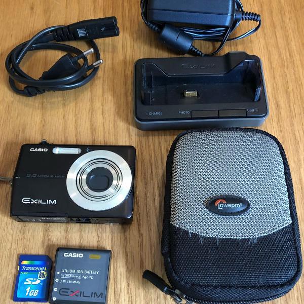 Camera digital casio exilim