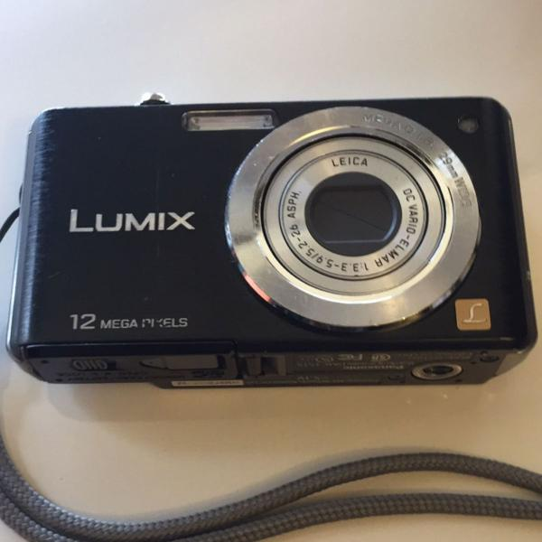 Camera digital lumix 12 megapixel