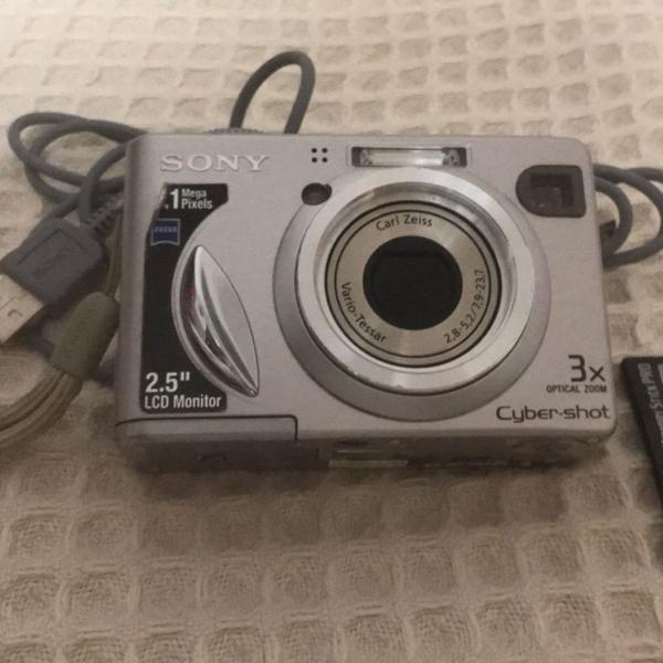 Camera digital sony dsc-w5 5.1 mega pixels + cartão de