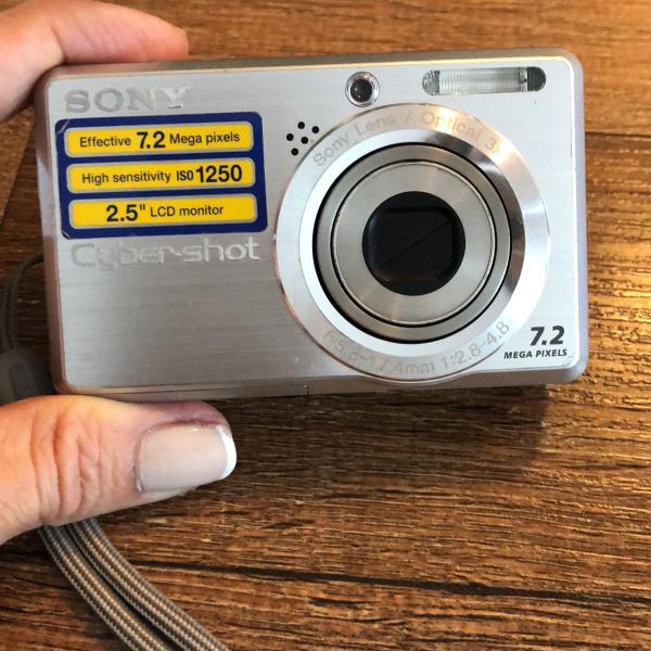 Câmera cyber shot sony 7,2 mega pixel