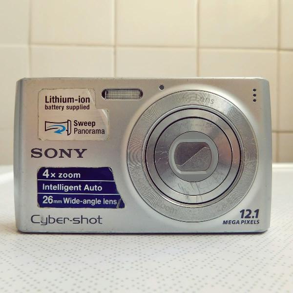 Câmera digital compacta sony