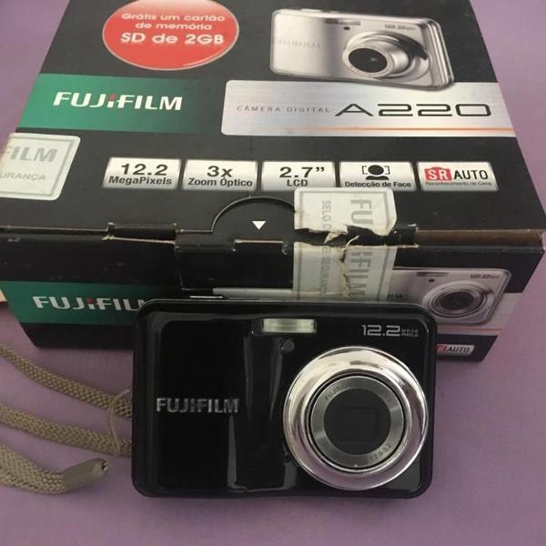 Câmera digital fujifilm a220