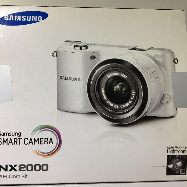 Câmera digital samsung smart nx2000 branca 20.3mp, lcd 3.7