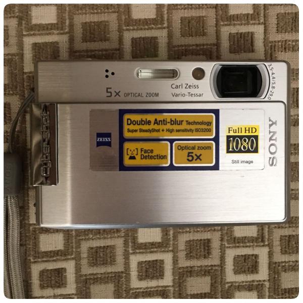Câmera digital sony dsc-t100