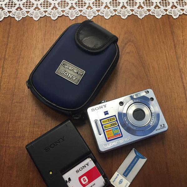 Câmera fotográfica cyber-shot sony 7,2 mega pixels