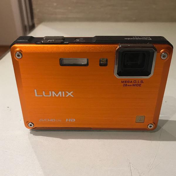 Câmera fotográfica digital a prova dágua e choque