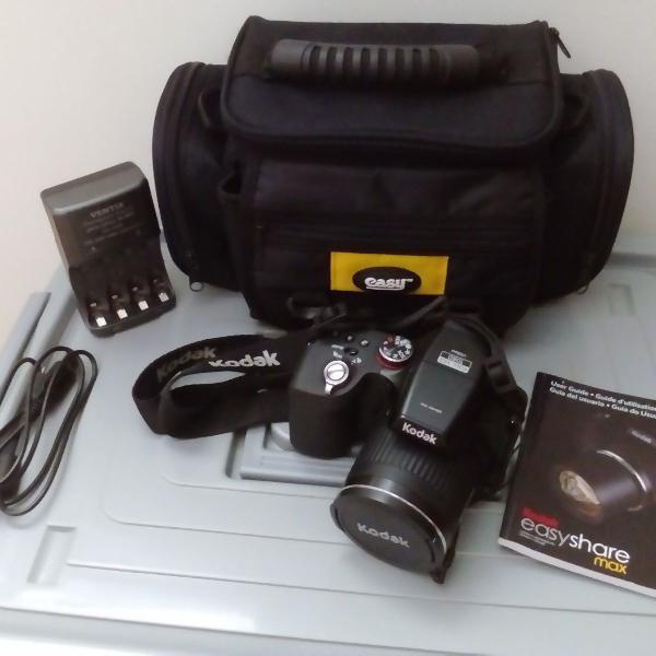 Máquina fotográfica semi profissional 10x kodac