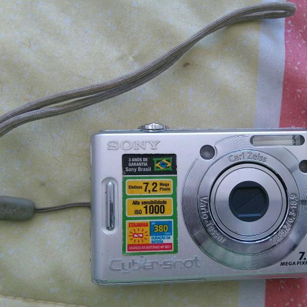 Máquina fotográfica sony 7.2mp