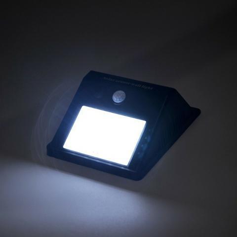 Compre ja, sua luminaria movida a energia solar. (100%