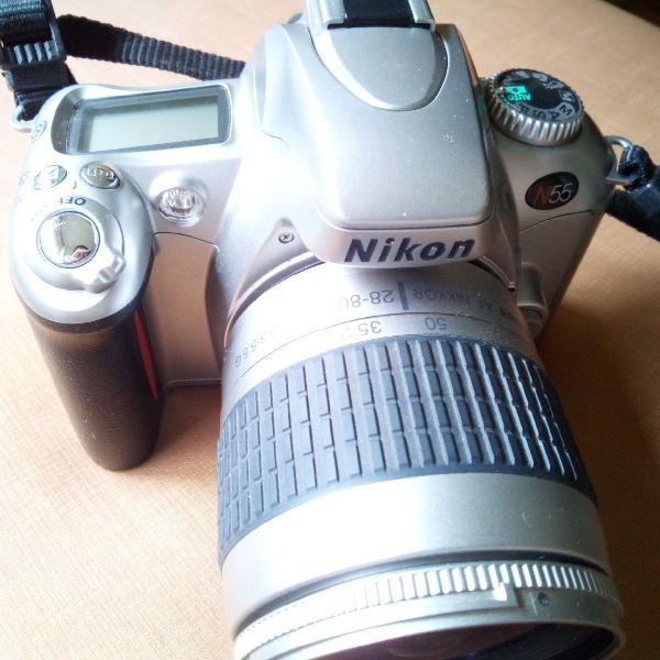 Máquina fotográfica nikon n55.