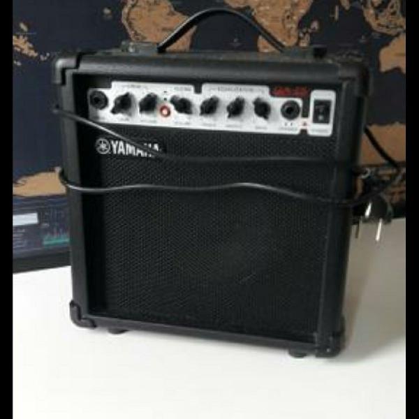 Amplificador cubo para guitarra 6,5pol 15w ga15ii - yamaha