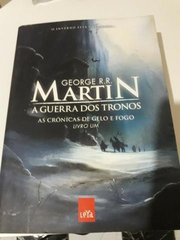 Livros diversos (marley e eu; guerra dos tronos; mice gordon