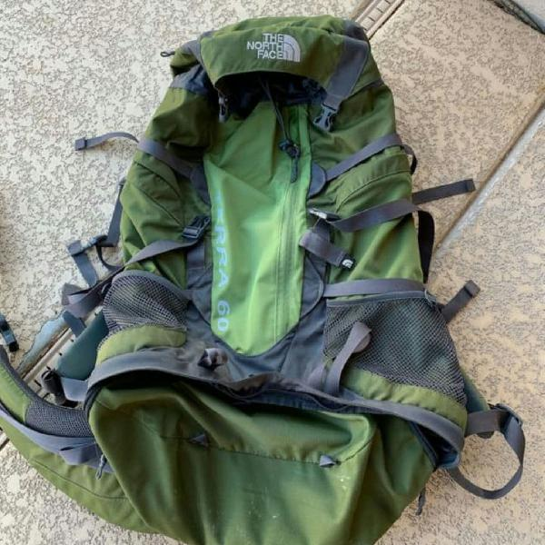 Mochila the north face camping 60 never been
