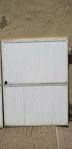 Portão para garagem (alumínio com acabamento em ferro)
