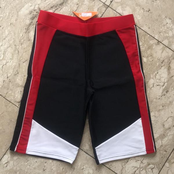Bermuda ciclista fitness preta vermelho e branca