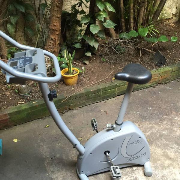 Bicicleta ergometrica caloi