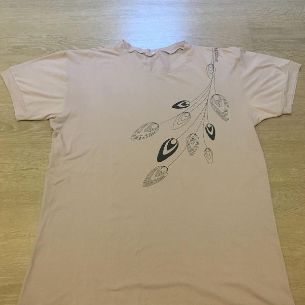 Camiseta dri fit lilás