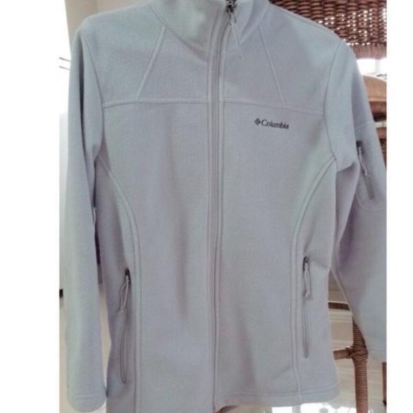 Jaqueta columbia, tamanho p. casaco inverno e meia