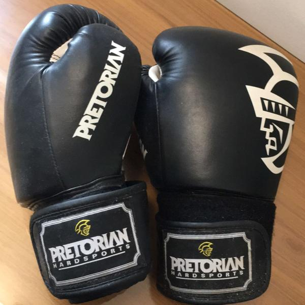 Luva box pretorian