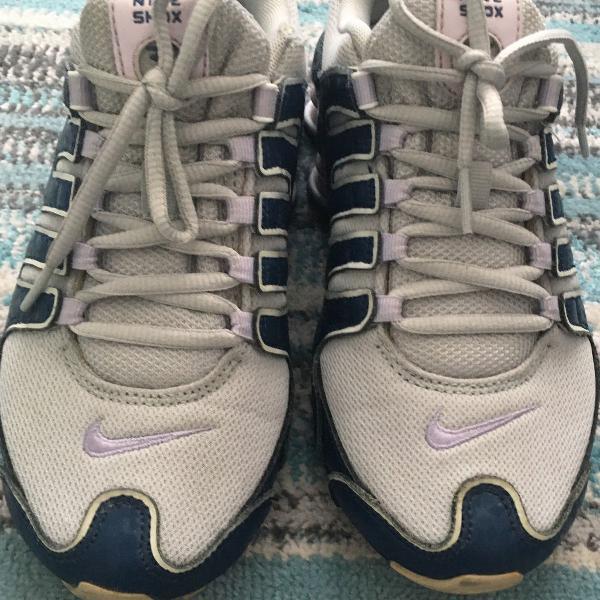 Nike shox azul marinho e lilás