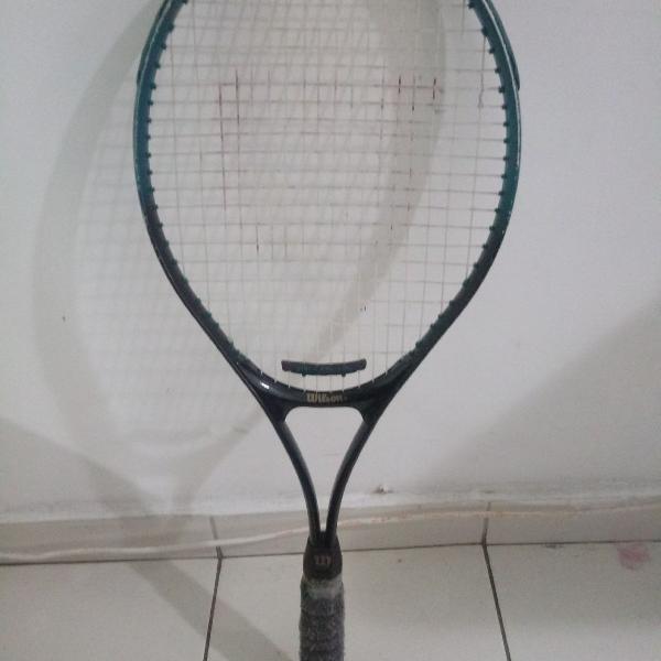 Raquete de tennis marca wilson