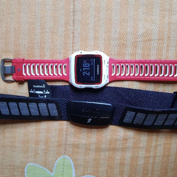 Relógio garmin forerunner 920xt vermelho e branco