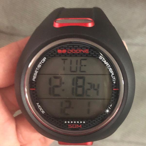 Relógio monitor cardíaco doone novo