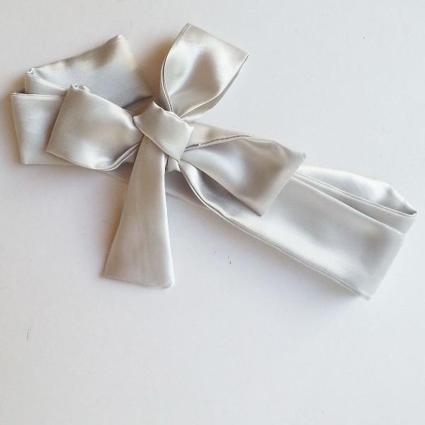 Faixa cetim prata
