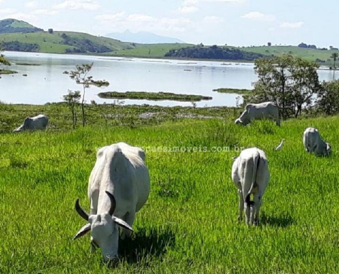 Fazenda de 20 alq às margens da lagoa de jaturnaíba.