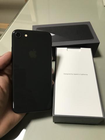 Iphone 8 64gb preto / otimo eatado / unico dono