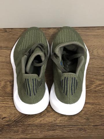 Tênis adidas swift run original