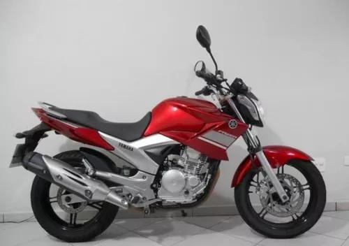 Yamaha 250 fazer vermelha 2014
